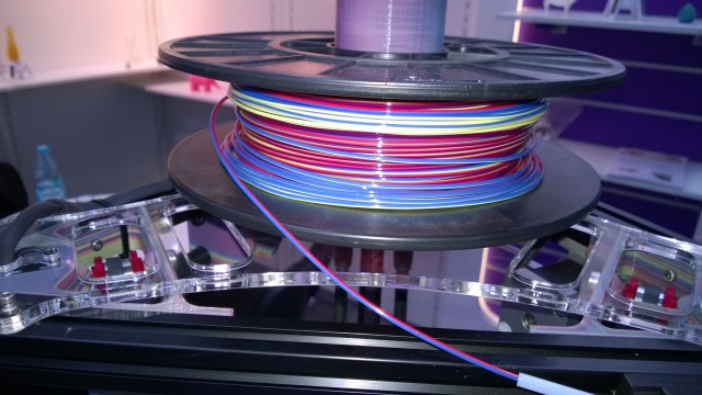 Multicolor filament