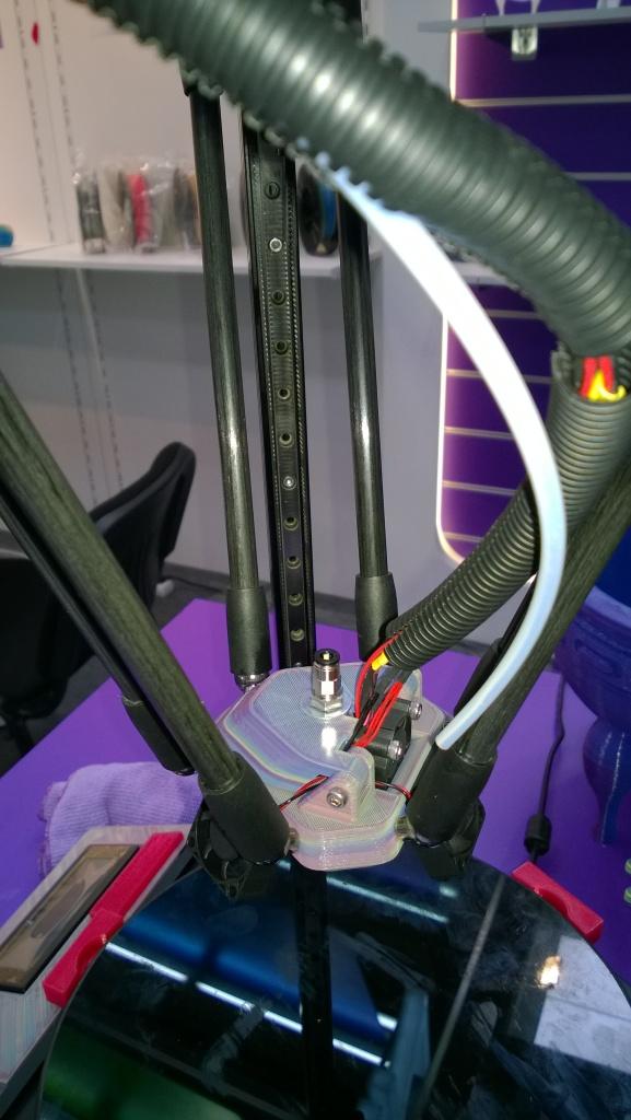 Spider-like 3D printer