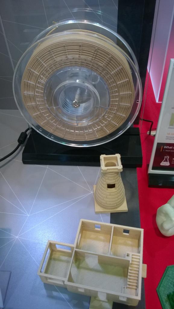 Wooden filament spool
