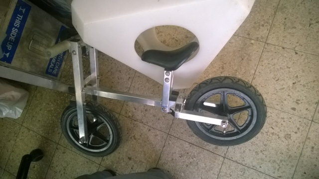 Kids' kickbike